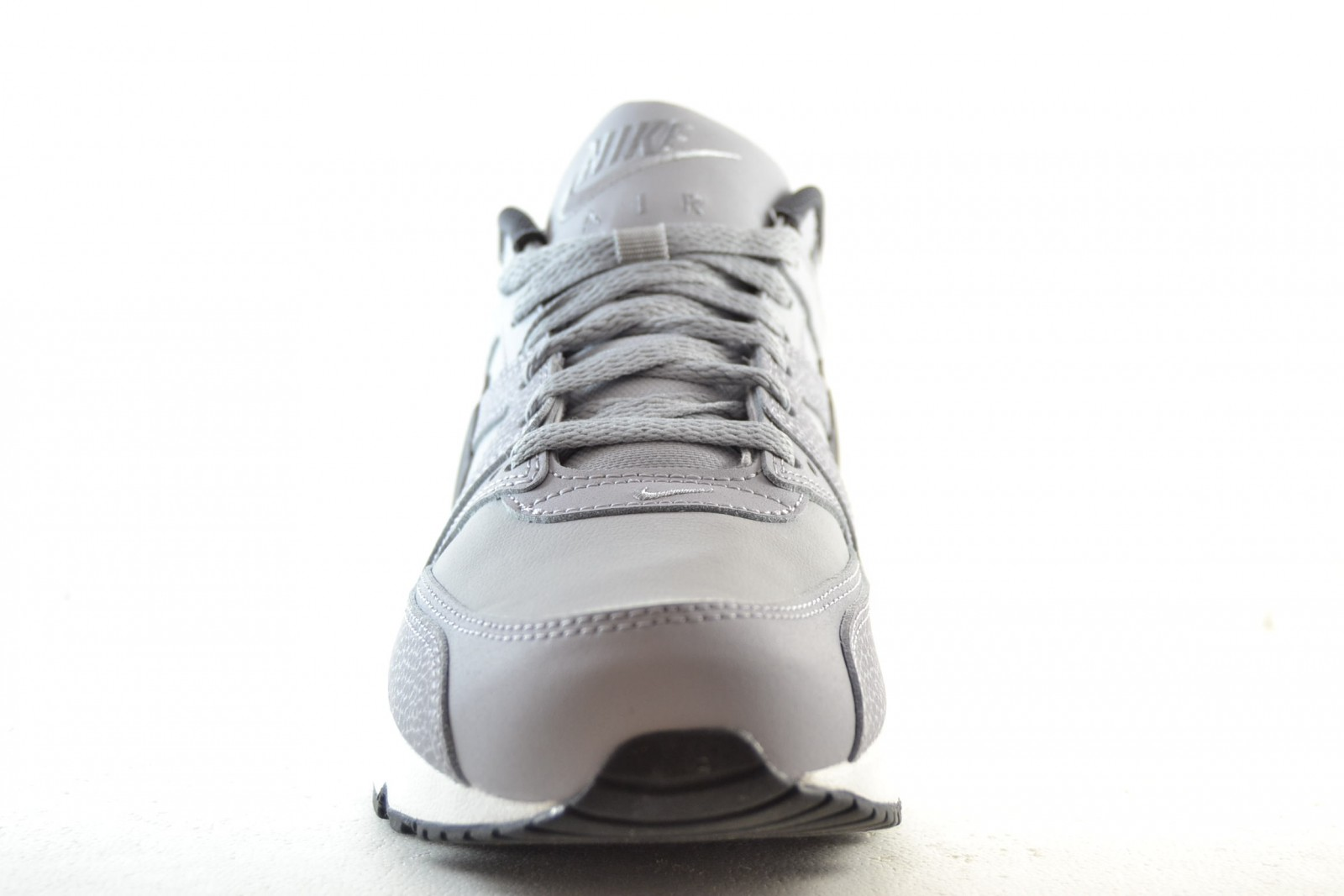 4e59ec66e4cf NIKE AIR MAX COMMAND LEATHER - Roba SHOES SRL